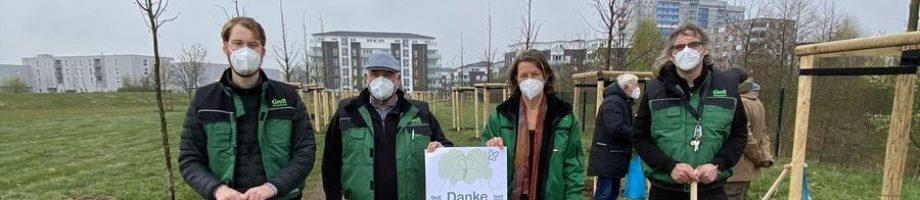 Gerd Godt-Grell Stiftung spendet 200 Bäume für die Grell-Allee